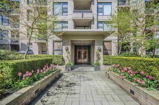 Main Photo: 107 2263 Redbud Ln. in Vancouver: Kitsilano Condo for sale (Vancouver West)  : MLS®# R2158888