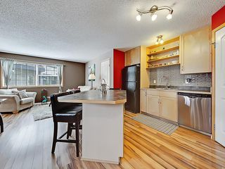 Photo 5: 101 15 EVERRIDGE Square SW in Calgary: Evergreen House for sale : MLS®# C4131530