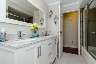 """Photo 10: 2661 MACBETH Crescent in Abbotsford: Abbotsford East House for sale in """"McMillan"""" : MLS®# R2213600"""