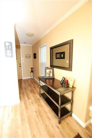 "Photo 5: 205 33502 GEORGE FERGUSON Way in Abbotsford: Central Abbotsford Condo for sale in ""Carina Court"" : MLS®# R2215286"