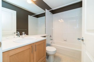 Photo 12: 142 3105 DAYANEE SPRINGS BOULEVARD in Coquitlam: Westwood Plateau Townhouse for sale : MLS®# R2217803