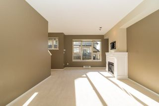 Photo 2: 142 3105 DAYANEE SPRINGS BOULEVARD in Coquitlam: Westwood Plateau Townhouse for sale : MLS®# R2217803