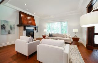 Photo 3: 7628 WHEATER Court in Burnaby: Deer Lake House for sale (Burnaby South)  : MLS®# R2235667