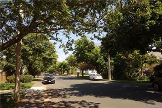 Photo 2: 2176 WINDSOR Road in VICTORIA: OB South Oak Bay Single Family Detached for sale (Oak Bay)  : MLS®# 388622