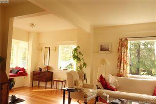 Photo 7: 2176 WINDSOR Road in VICTORIA: OB South Oak Bay Single Family Detached for sale (Oak Bay)  : MLS®# 388622