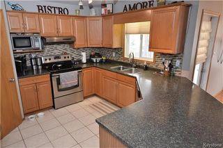 Photo 6: 3 Tyler Bay: Oakbank Residential for sale (R04)  : MLS®# 1808089