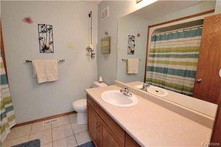 Photo 12: 3 Tyler Bay: Oakbank Residential for sale (R04)  : MLS®# 1808089