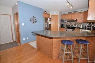 Photo 7: 3 Tyler Bay: Oakbank Residential for sale (R04)  : MLS®# 1808089