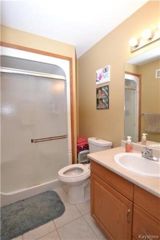 Photo 9: 3 Tyler Bay: Oakbank Residential for sale (R04)  : MLS®# 1808089