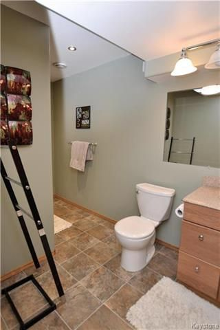 Photo 17: 3 Tyler Bay: Oakbank Residential for sale (R04)  : MLS®# 1808089