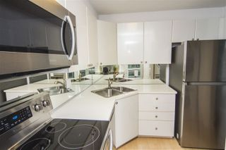 Photo 5: 2208 1166 MELVILLE Street in Vancouver: Coal Harbour Condo for sale (Vancouver West)  : MLS®# R2260467