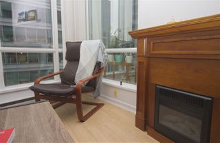 Photo 3: 2208 1166 MELVILLE Street in Vancouver: Coal Harbour Condo for sale (Vancouver West)  : MLS®# R2260467
