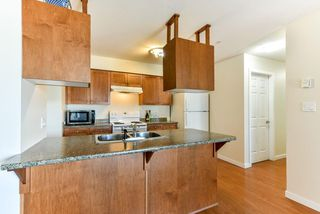 Photo 5: 303 33960 OLD YALE Road in Abbotsford: Central Abbotsford Condo for sale : MLS®# R2268426