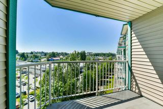 Photo 16: 303 33960 OLD YALE Road in Abbotsford: Central Abbotsford Condo for sale : MLS®# R2268426