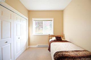 Photo 4: 141 951 Goldstream Ave in VICTORIA: La Langford Proper Row/Townhouse for sale (Langford)  : MLS®# 791453