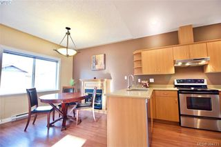 Photo 14: 141 951 Goldstream Ave in VICTORIA: La Langford Proper Row/Townhouse for sale (Langford)  : MLS®# 791453