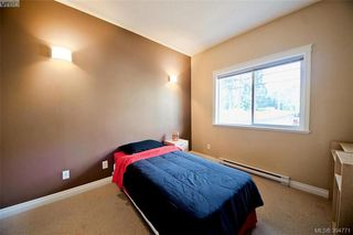 Photo 5: 141 951 Goldstream Ave in VICTORIA: La Langford Proper Row/Townhouse for sale (Langford)  : MLS®# 791453