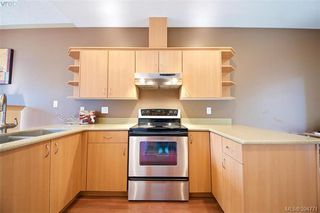 Photo 11: 141 951 Goldstream Ave in VICTORIA: La Langford Proper Row/Townhouse for sale (Langford)  : MLS®# 791453
