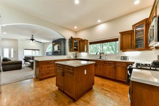Photo 3: 42717 YARROW CENTRAL Road: Yarrow House for sale : MLS®# R2289572