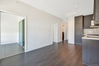 """Photo 5: 1156 5515 BOUNDARY Road in Vancouver: Collingwood VE Condo for sale in """"WALL CENTRE CENTRAL PARK - NORTH"""" (Vancouver East)  : MLS®# R2291552"""