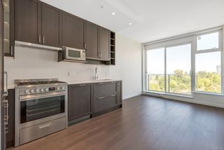 """Photo 6: 1156 5515 BOUNDARY Road in Vancouver: Collingwood VE Condo for sale in """"WALL CENTRE CENTRAL PARK - NORTH"""" (Vancouver East)  : MLS®# R2291552"""