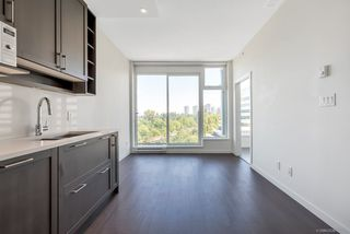"""Photo 7: 1156 5515 BOUNDARY Road in Vancouver: Collingwood VE Condo for sale in """"WALL CENTRE CENTRAL PARK - NORTH"""" (Vancouver East)  : MLS®# R2291552"""