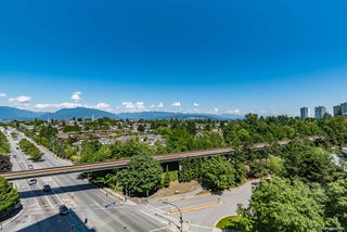 """Photo 19: 1156 5515 BOUNDARY Road in Vancouver: Collingwood VE Condo for sale in """"WALL CENTRE CENTRAL PARK - NORTH"""" (Vancouver East)  : MLS®# R2291552"""
