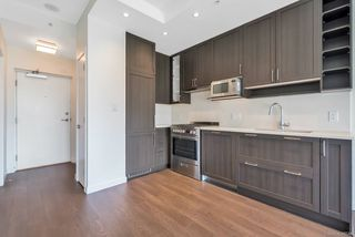 """Photo 2: 1156 5515 BOUNDARY Road in Vancouver: Collingwood VE Condo for sale in """"WALL CENTRE CENTRAL PARK - NORTH"""" (Vancouver East)  : MLS®# R2291552"""