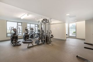 """Photo 16: 1156 5515 BOUNDARY Road in Vancouver: Collingwood VE Condo for sale in """"WALL CENTRE CENTRAL PARK - NORTH"""" (Vancouver East)  : MLS®# R2291552"""