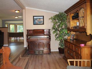 Photo 12: 9315 DOYLE ROAD in BLACK CREEK: CV Merville Black Creek Manufactured Home for sale (Comox Valley)  : MLS®# 794305