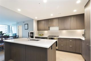 """Photo 5: 706 2888 CAMBIE Street in Vancouver: Mount Pleasant VW Condo for sale in """"The Spot on Cambie"""" (Vancouver West)  : MLS®# R2309594"""