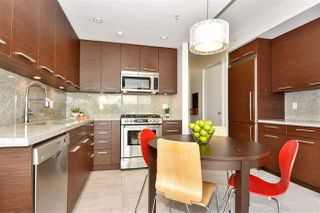 "Photo 6: 309 2528 MAPLE Street in Vancouver: Kitsilano Condo for sale in ""Pulse"" (Vancouver West)  : MLS®# R2322921"