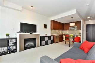 "Photo 2: 309 2528 MAPLE Street in Vancouver: Kitsilano Condo for sale in ""Pulse"" (Vancouver West)  : MLS®# R2322921"