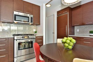 """Photo 9: 309 2528 MAPLE Street in Vancouver: Kitsilano Condo for sale in """"Pulse"""" (Vancouver West)  : MLS®# R2322921"""