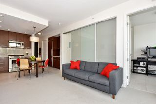 """Photo 5: 309 2528 MAPLE Street in Vancouver: Kitsilano Condo for sale in """"Pulse"""" (Vancouver West)  : MLS®# R2322921"""