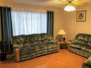 Photo 3: : Smoky Lake Town House for sale : MLS®# E4136099