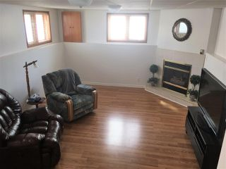Photo 4: : Smoky Lake Town House for sale : MLS®# E4136099