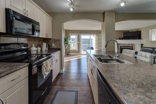 Photo 6: 1107 37B Avenue in Edmonton: Zone 30 House Half Duplex for sale : MLS®# E4139993