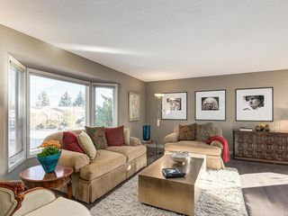 Photo 5: 536 BROOKMERE Crescent SW in Calgary: Braeside Detached for sale : MLS®# C4221954
