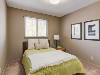 Photo 32: 536 BROOKMERE Crescent SW in Calgary: Braeside Detached for sale : MLS®# C4221954