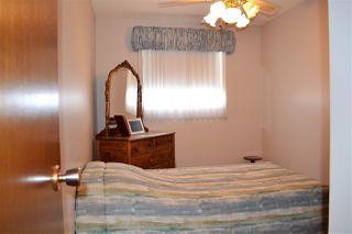 Photo 10: 2011 48 Street in Edmonton: Zone 29 House for sale : MLS®# E4143853