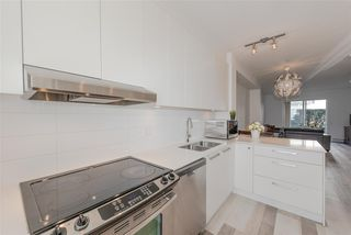 "Photo 3: 20 6868 BURLINGTON Avenue in Burnaby: Metrotown Townhouse for sale in ""METRO"" (Burnaby South)  : MLS®# R2346304"