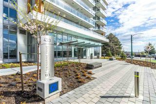"Photo 14: 311 433 MARINE Drive in Vancouver: Marpole Condo for sale in ""W1 EAST TOWER"" (Vancouver West)  : MLS®# R2357214"