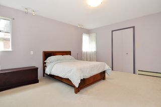 Photo 13: 374 BALFOUR Drive in Coquitlam: Coquitlam East House for sale : MLS®# R2357437