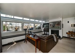 """Photo 3: A4 1100 WEST 6TH Avenue in Vancouver: Fairview VW Townhouse for sale in """"Fairview Place"""" (Vancouver West)  : MLS®# R2358007"""