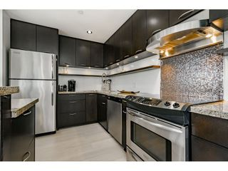 """Photo 8: A4 1100 WEST 6TH Avenue in Vancouver: Fairview VW Townhouse for sale in """"Fairview Place"""" (Vancouver West)  : MLS®# R2358007"""