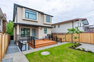 Photo 19: 2737 E 8TH Avenue in Vancouver: Renfrew VE House for sale (Vancouver East)  : MLS®# R2359699