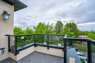 Photo 16: 2737 E 8TH Avenue in Vancouver: Renfrew VE House for sale (Vancouver East)  : MLS®# R2359699