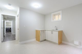 Photo 17: 2737 E 8TH Avenue in Vancouver: Renfrew VE House for sale (Vancouver East)  : MLS®# R2359699