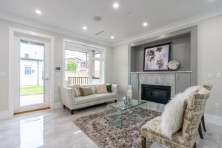 Photo 7: 2737 E 8TH Avenue in Vancouver: Renfrew VE House for sale (Vancouver East)  : MLS®# R2359699